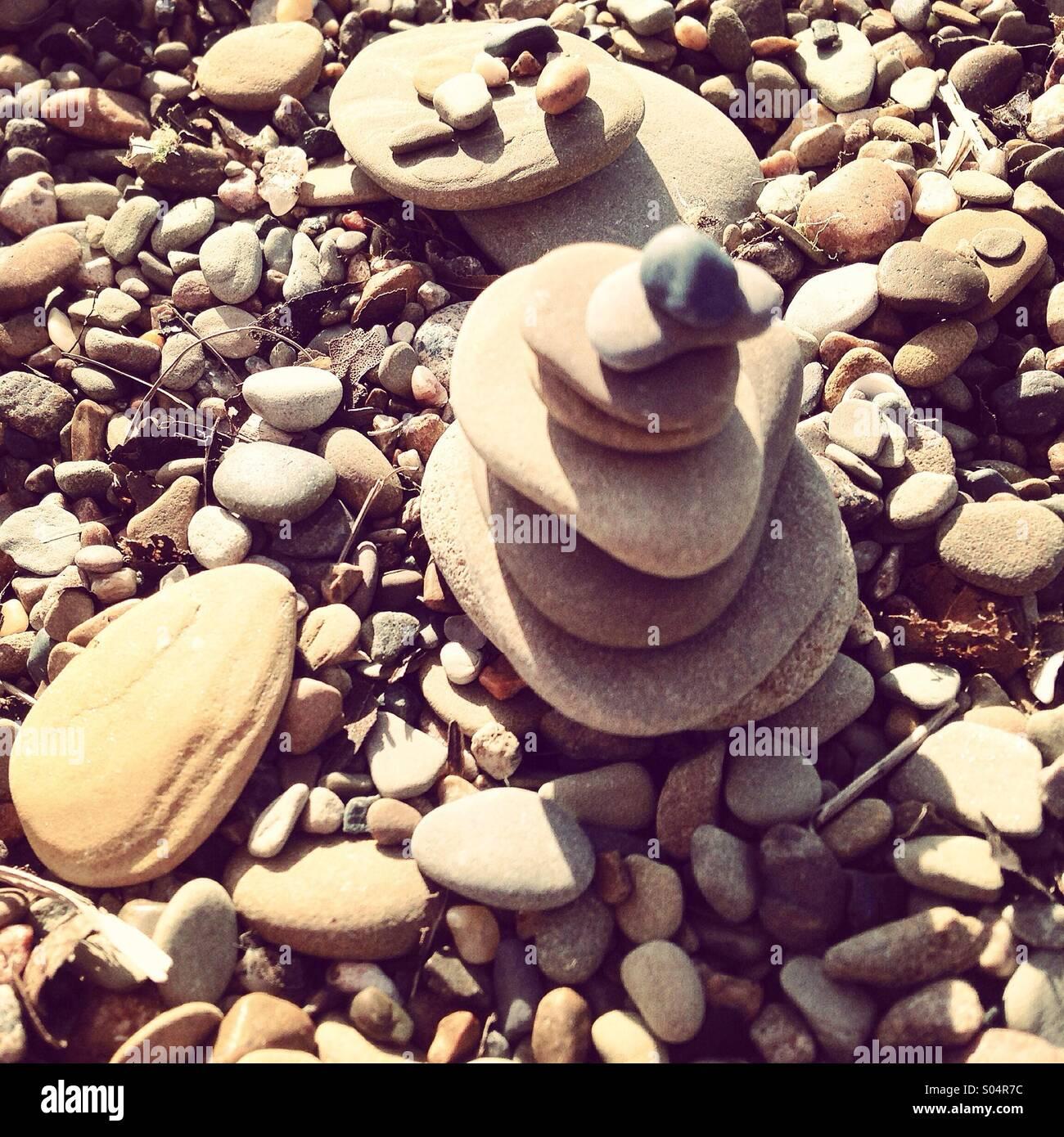 Spielen am Strand. Stockbild