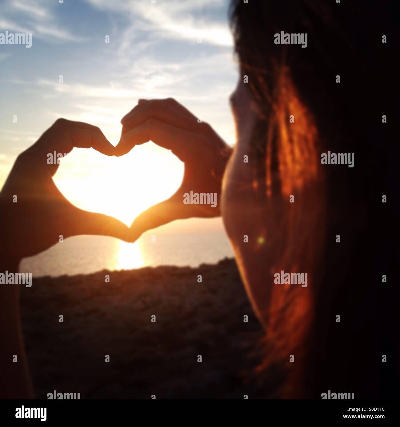 Beobachten den Sonnenuntergang menorca Stockbild