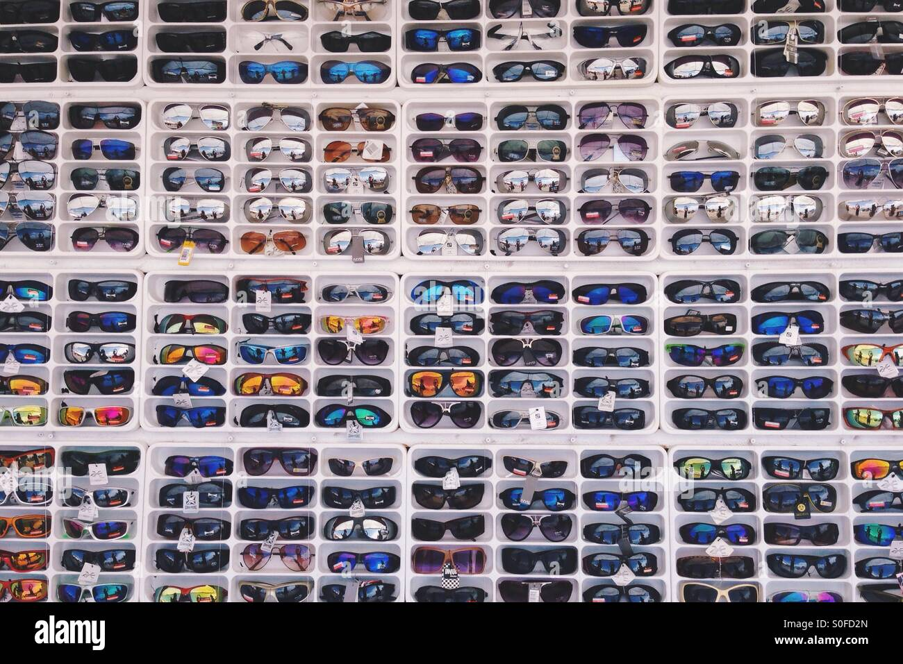 Sonnenbrillen-Raster Stockbild