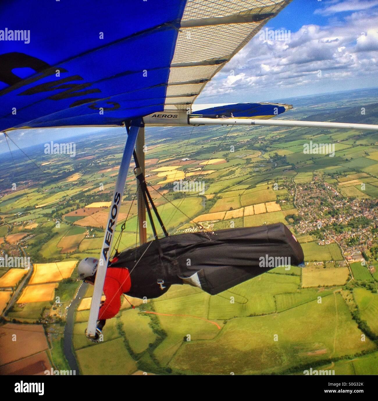 Drachenfliegen über Worcestershire. Stockfoto