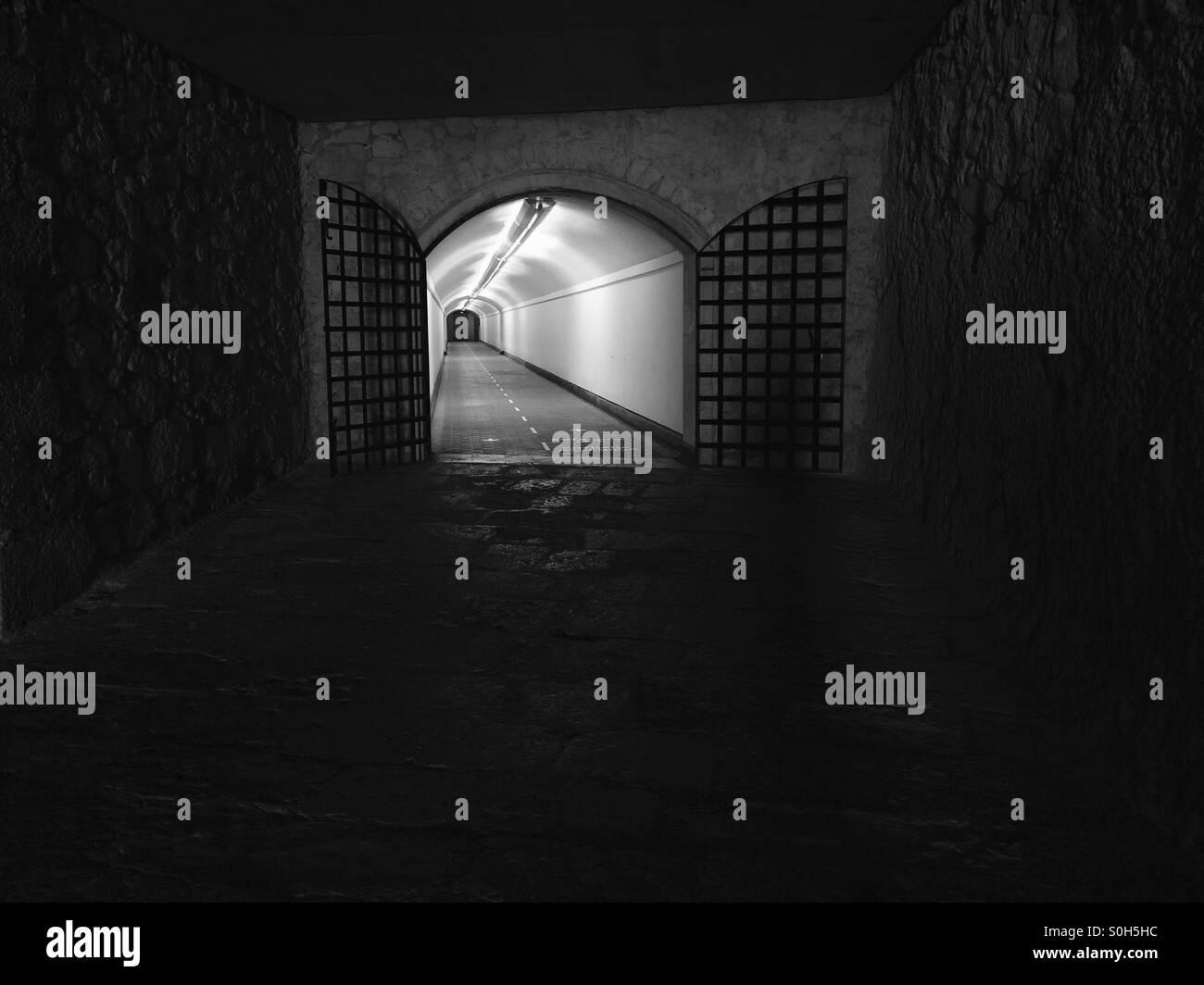 Beängstigend Tunnel Stockbild