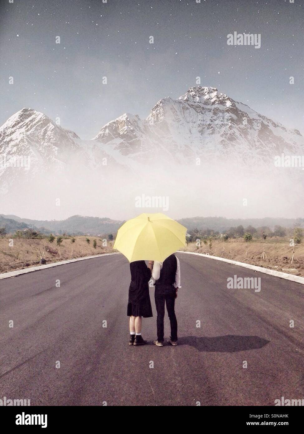 Unter meinem Regenschirm. Stockbild