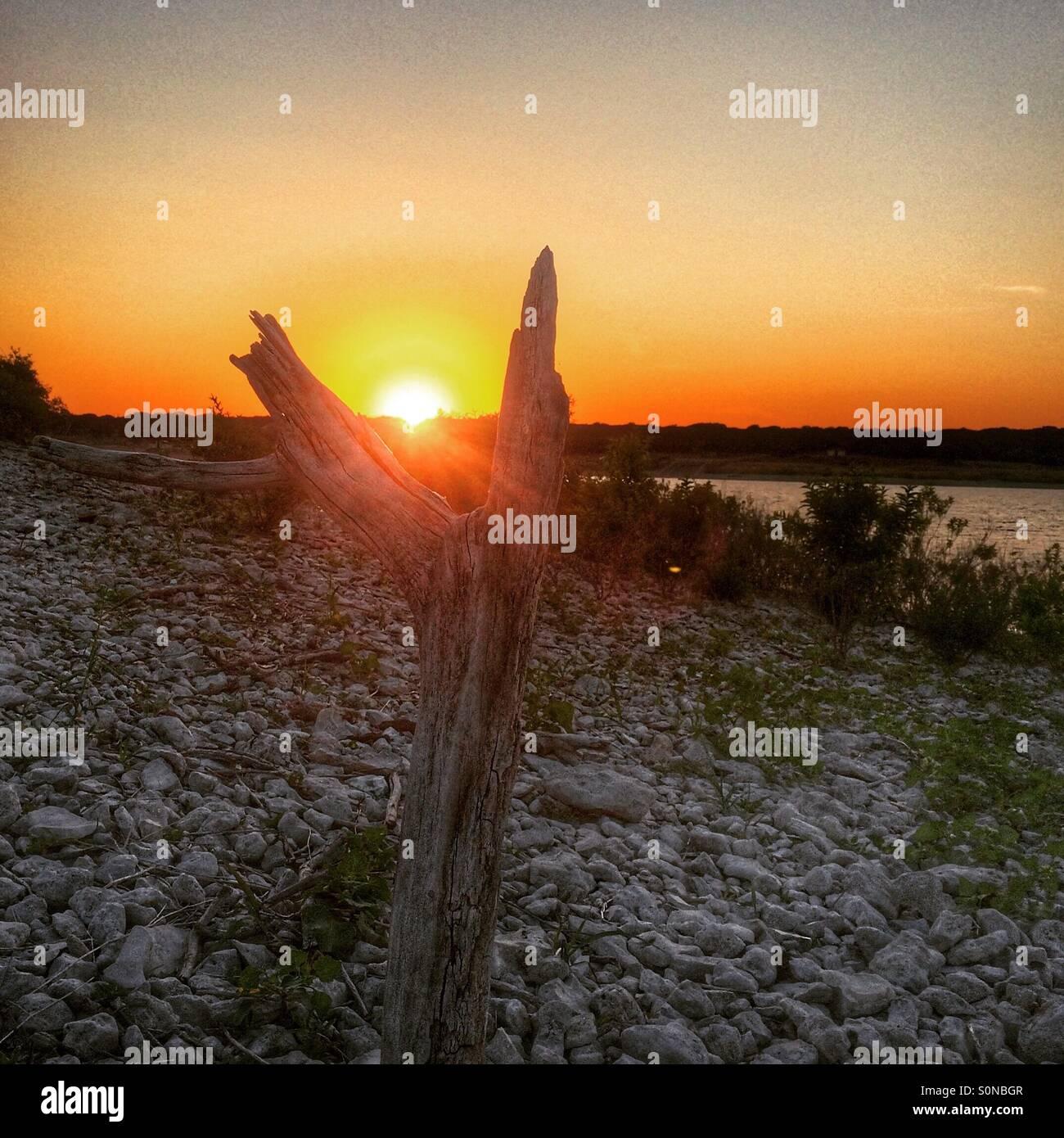 Sonnenuntergang von der Felsen Stockbild