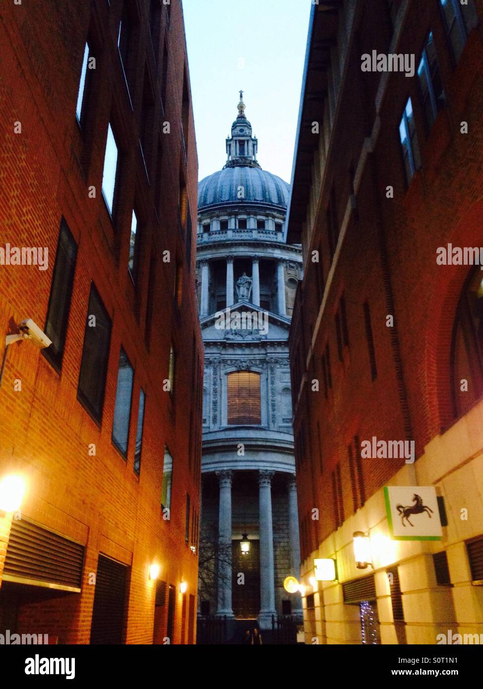 St Pauls Abend Stockbild