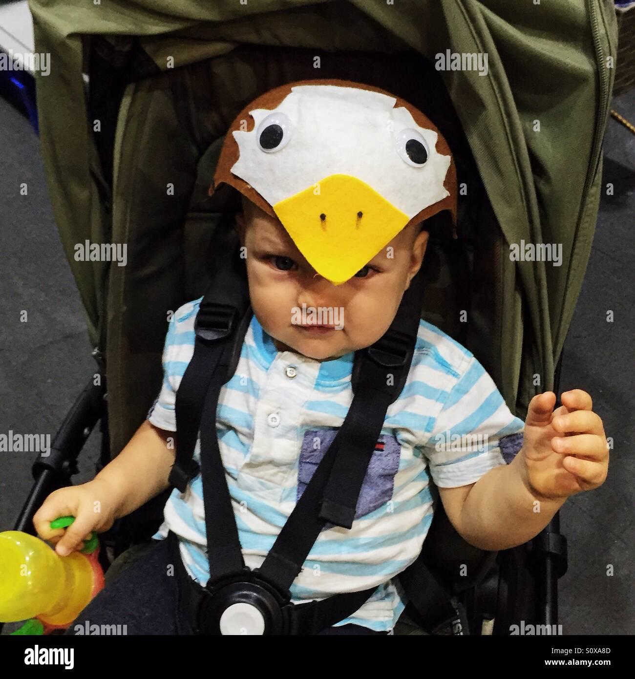 Kleiner Junge in Tracht Stockfoto
