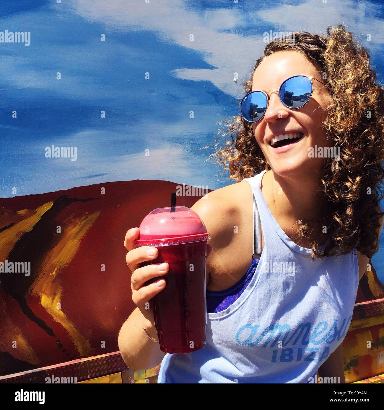 Porträt einer glücklichen Frau Stockfoto