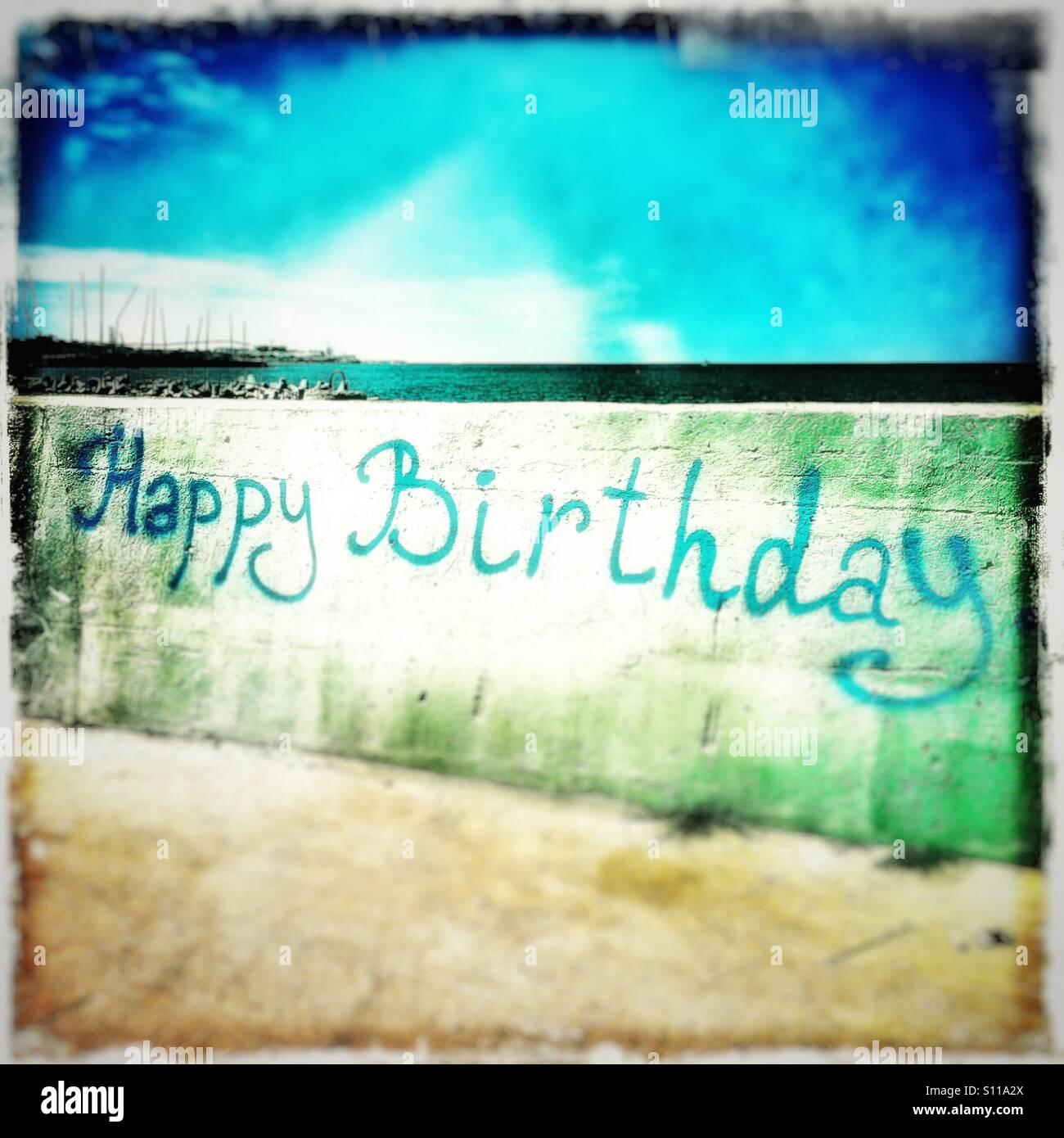 Alles Gute Zum Geburtstag Am Meer Verschwimmen Graffiti Stockfoto