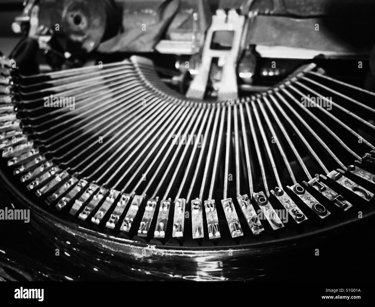 Nahaufnahme Von Schreibmaschine Typebar Brief Briefmarken Stockfoto