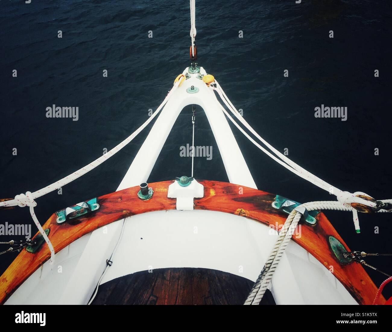 Segeln am Meer Stockbild