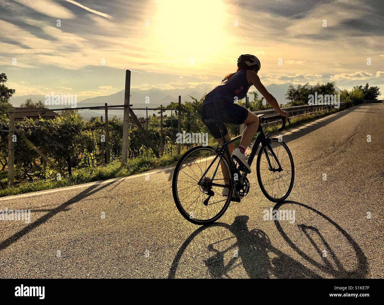 Goldene Stunde Radfahren Stockbild