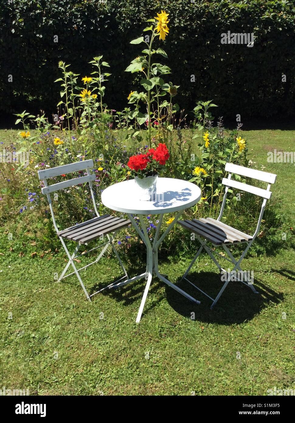 Vintage Garden Furniture Stockfotos und  bilder Kaufen   Alamy
