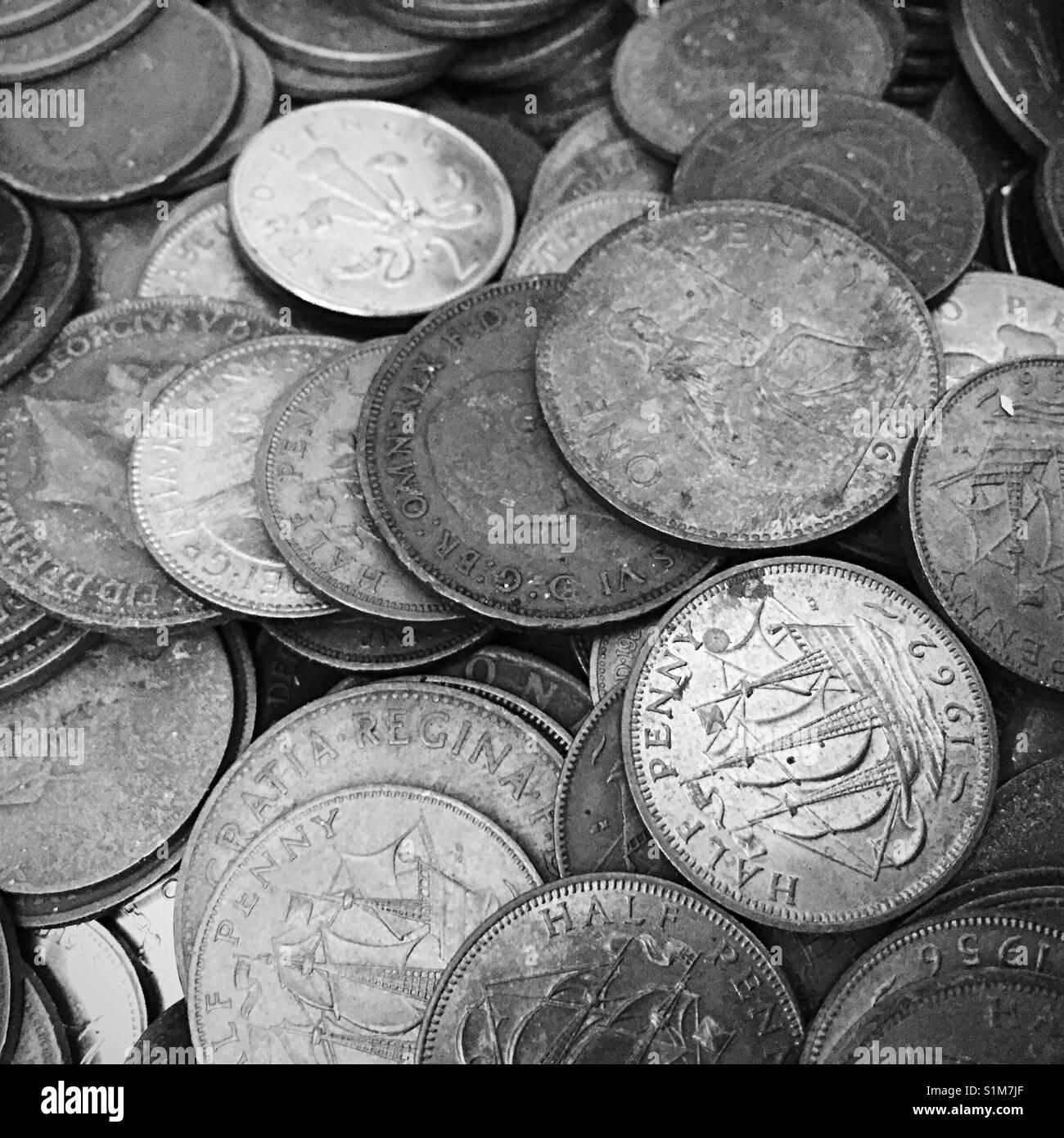 Alten Englischen Halben Penny Münzen Stockfoto Bild 310846327 Alamy