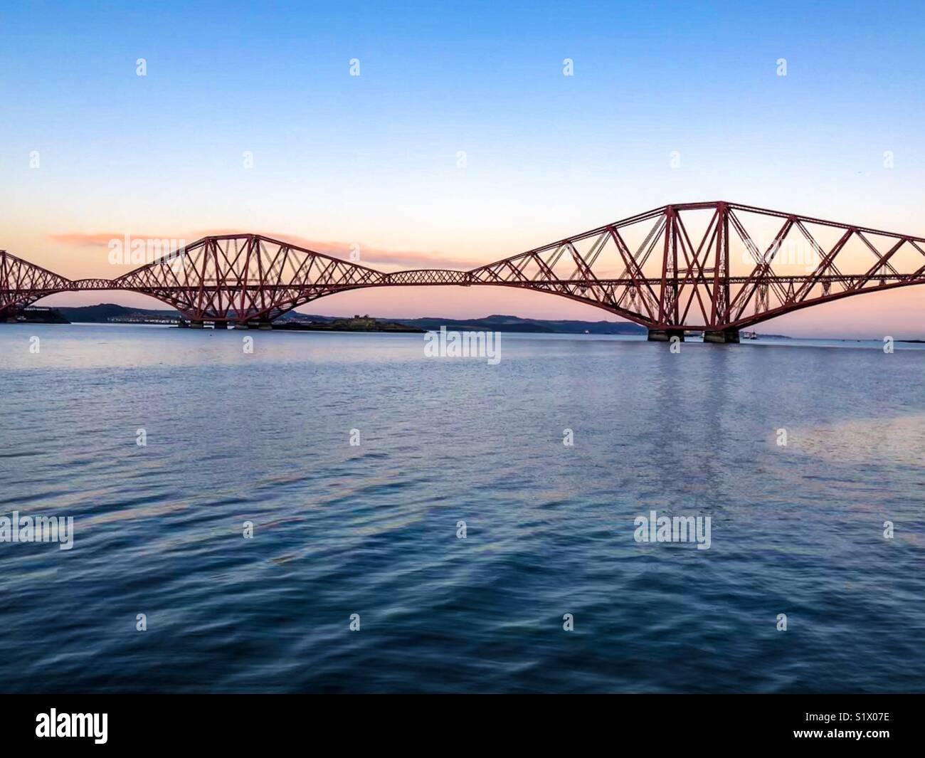 Die Brücke über den River Forth von South Queensferry - 27. Dezember 2017 - Fotograf: Brian Duffy Stockbild