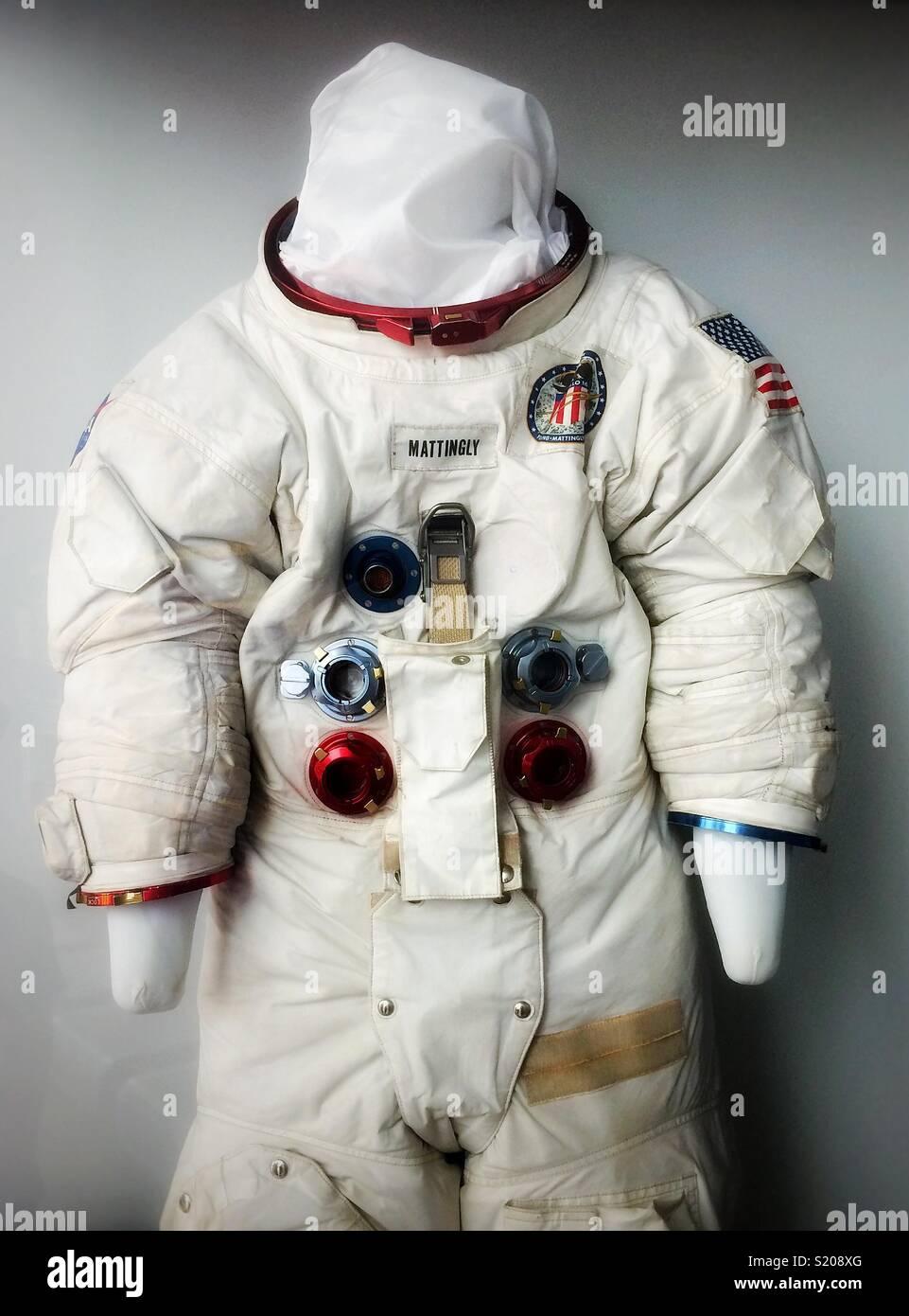 Astronaut Ken Mattingly den Raumanzug geschaut im Science Museum von Los Angeles, Kalifornien, USA Stockbild