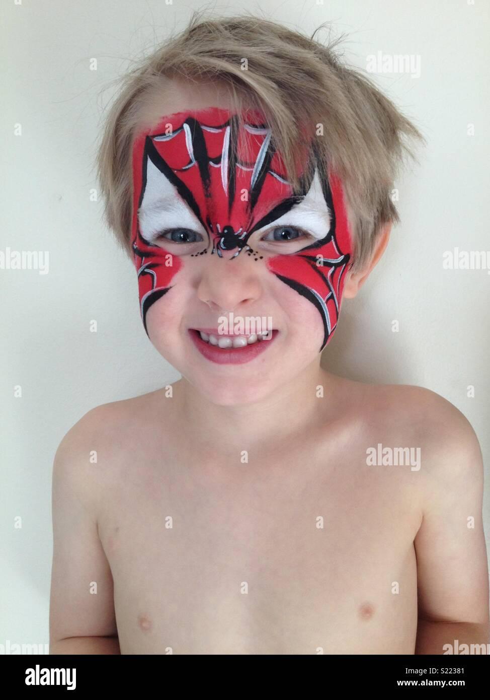 Gemütlich Spiderman Gesicht Färbung Seite Fotos - Druckbare ...