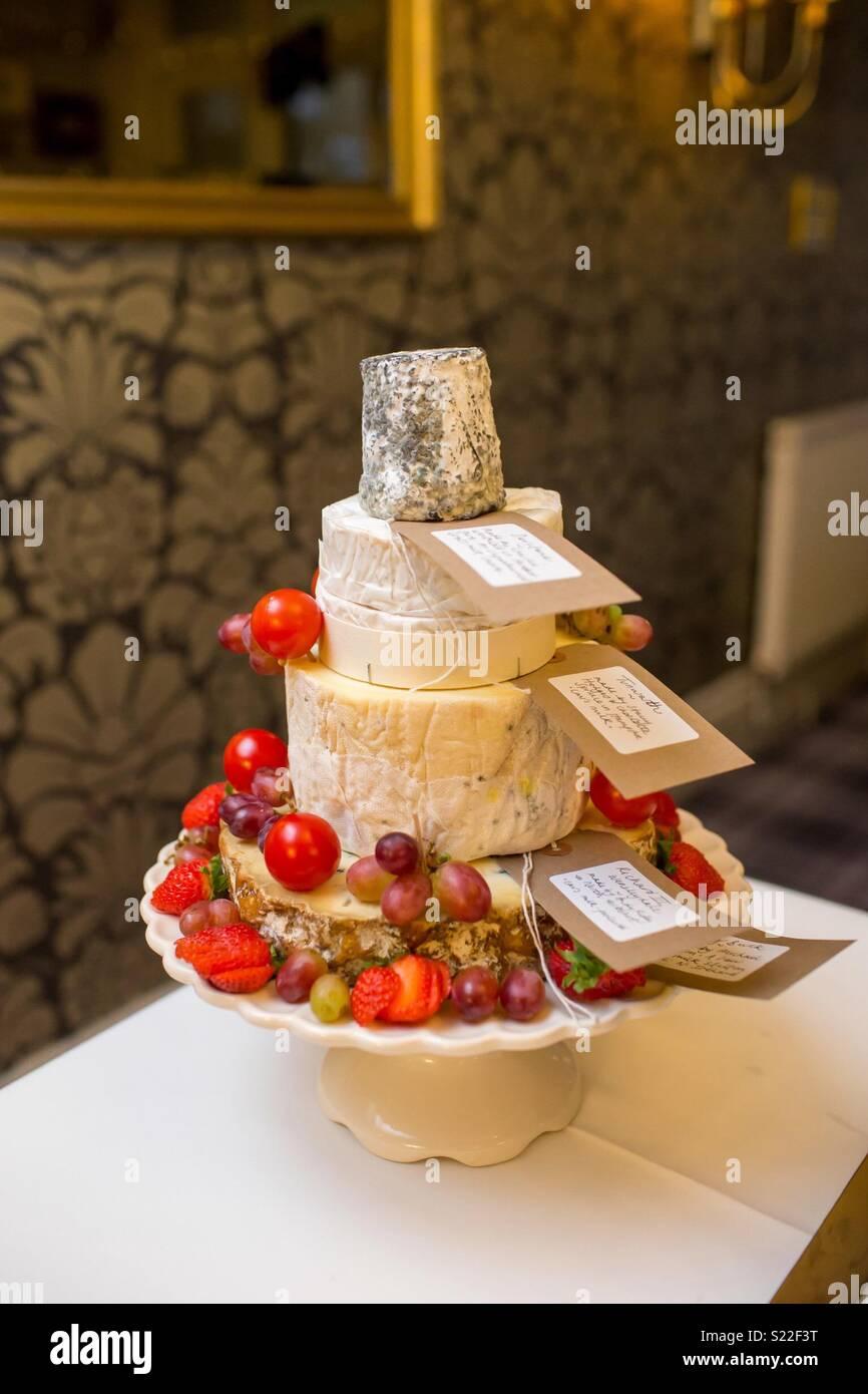 Käse Hochzeitstorte Stockbild