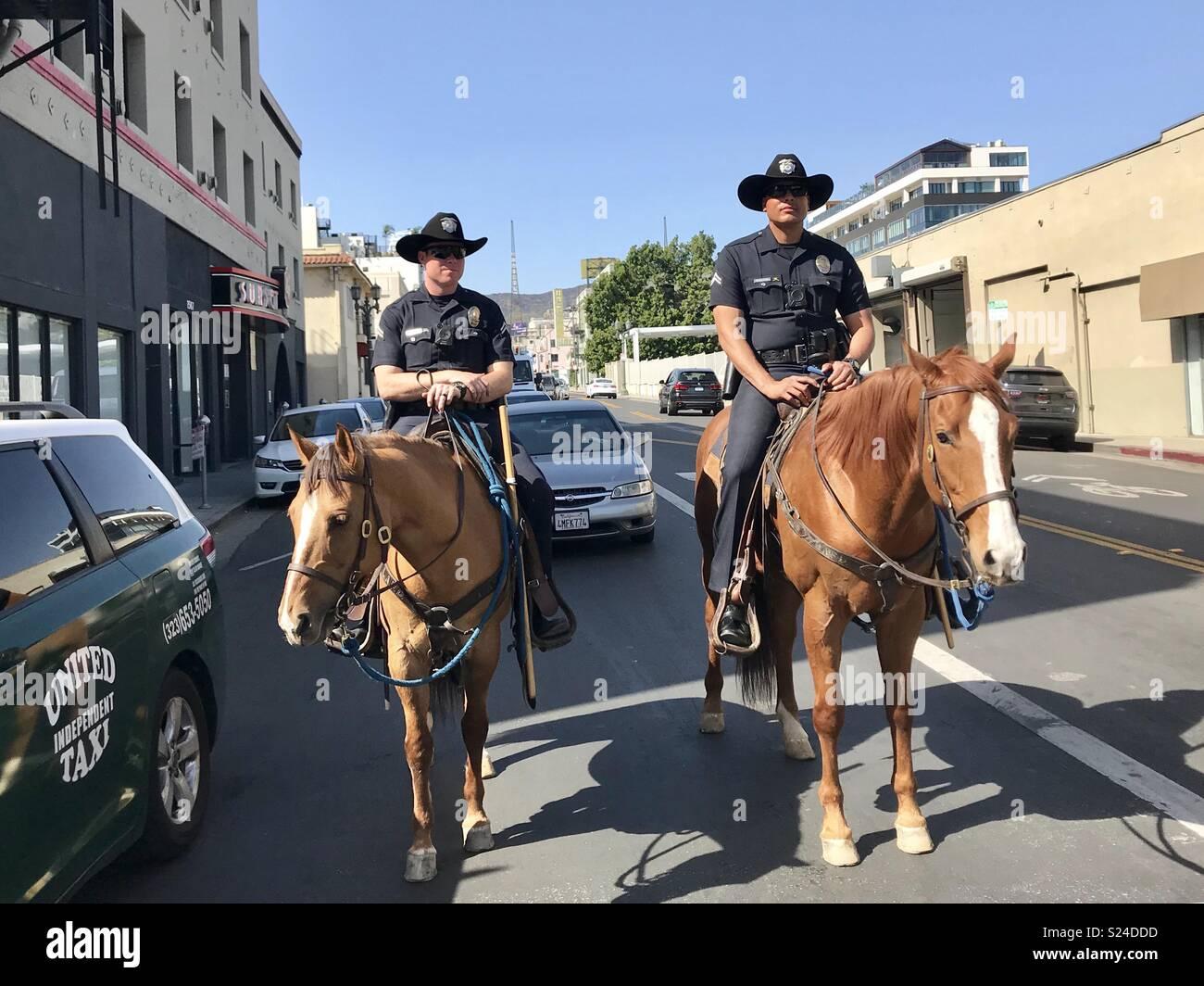 Montiert Polizeichefs auf Patrouille in Hollywood, Kalifornien, halten die Straßen sicher für alle. Stockfoto