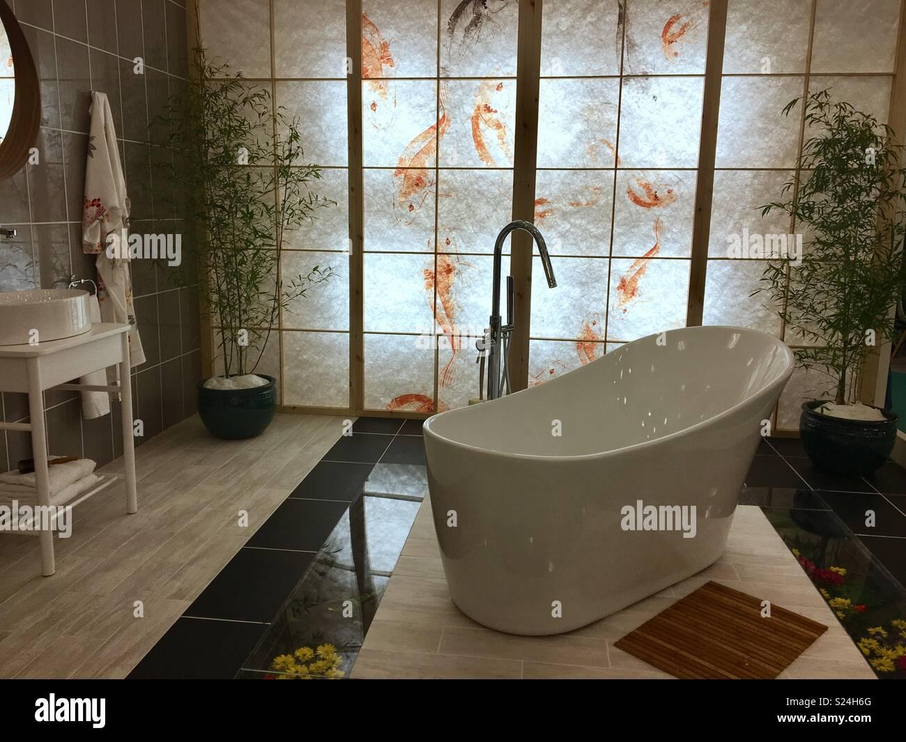 Japanisches Badezimmer Stockfotos und -bilder Kaufen - Alamy