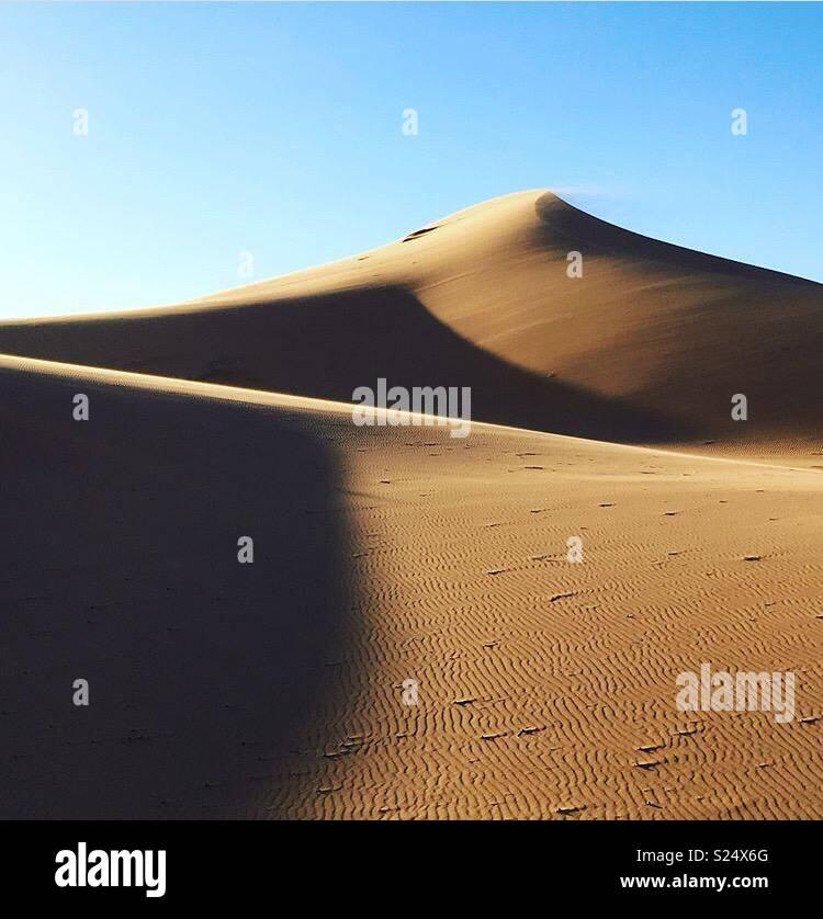 Die Sahara in der Nähe von Merouga, Marokko Stockbild