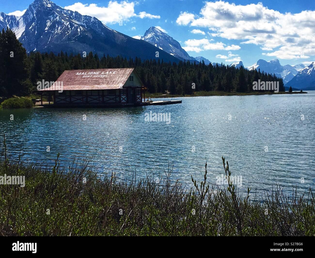 Maligne Lake in die Kanadischen Rocky Mountains. Stockbild