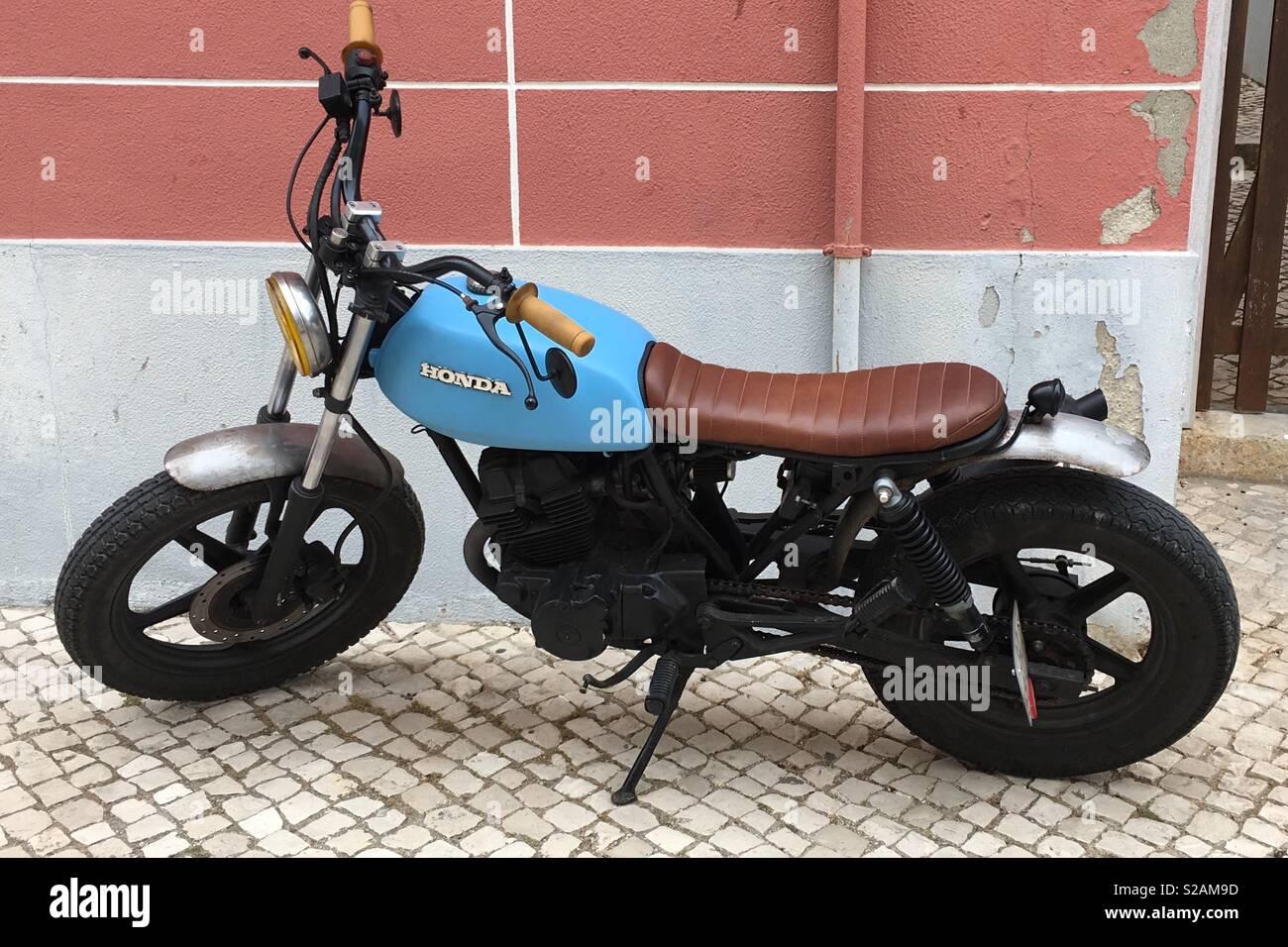 Cafe Racer Motorrad Stockfotos Und Bilder Kaufen Alamy