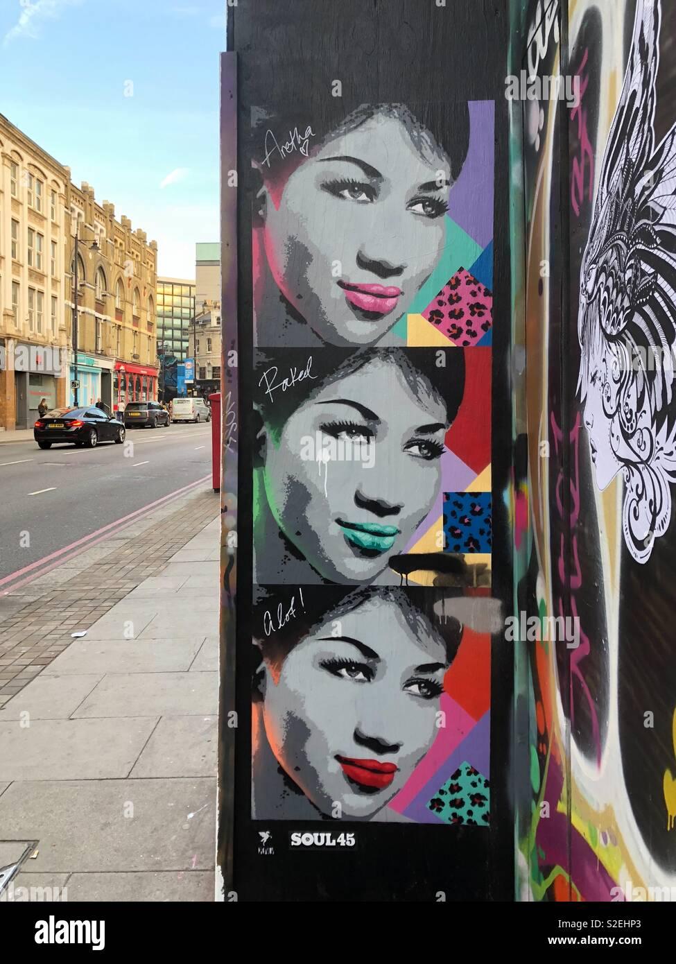 Symbol Aretha Franklin Pop Art Stil graffiti in Hoxton, London, England. Stockfoto
