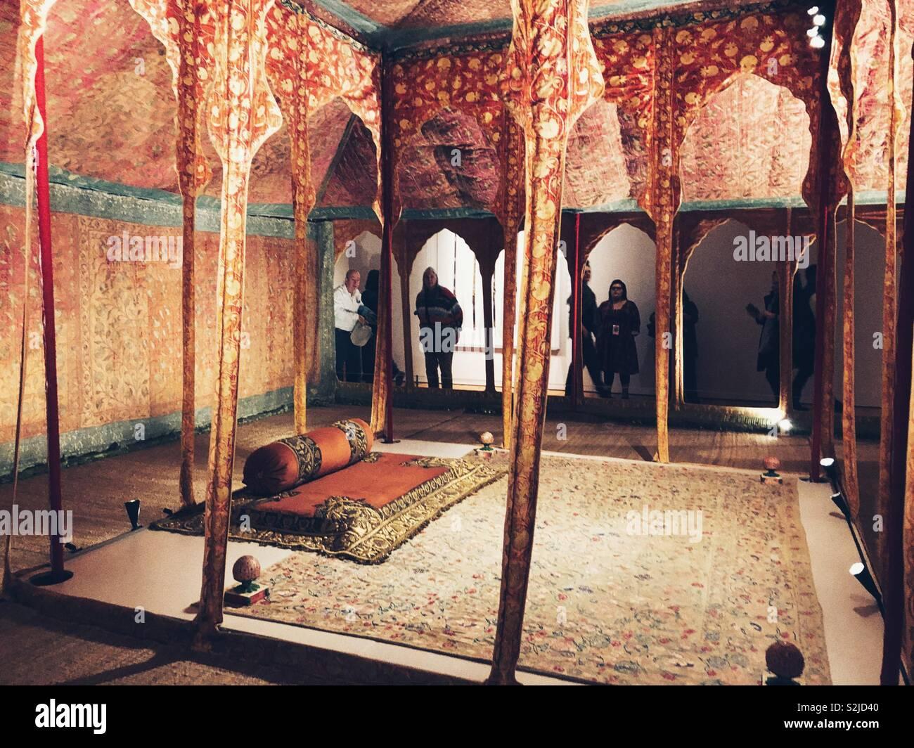 Seltene und aufwendige aus dem 17. Jahrhundert Zelt von Königreich Marwar-Jodhpur auf Anzeige in Seattle Art Museum Stockbild