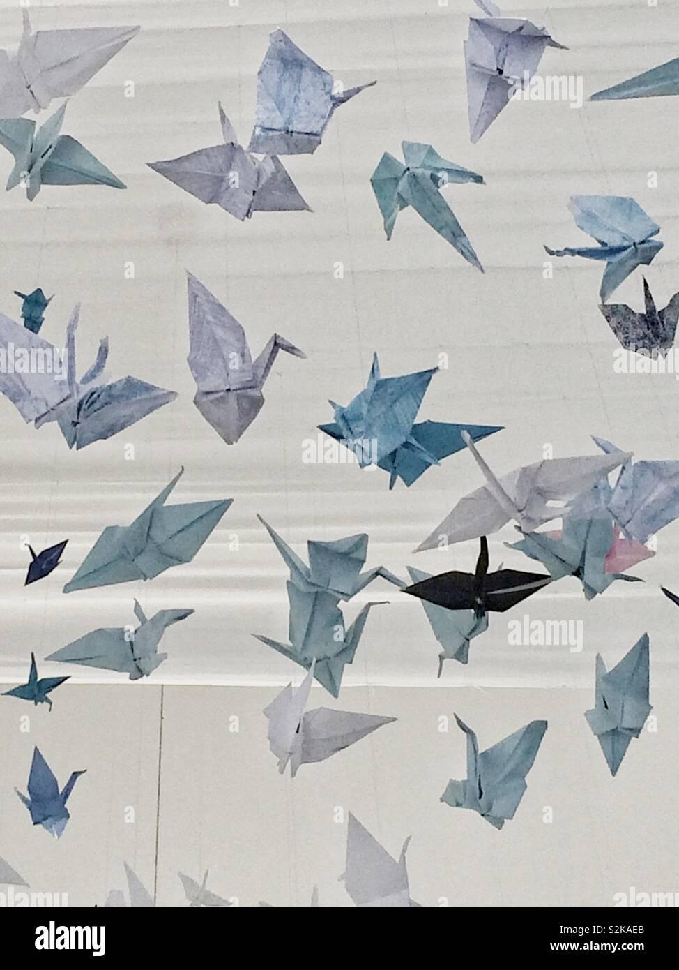 Kraniche aus Papier Stockbild