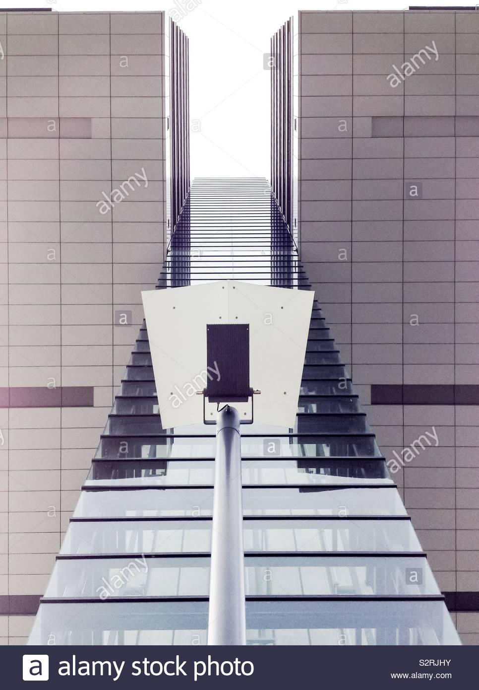 Kran Hausbau in Köln, Deutschland Stockfoto