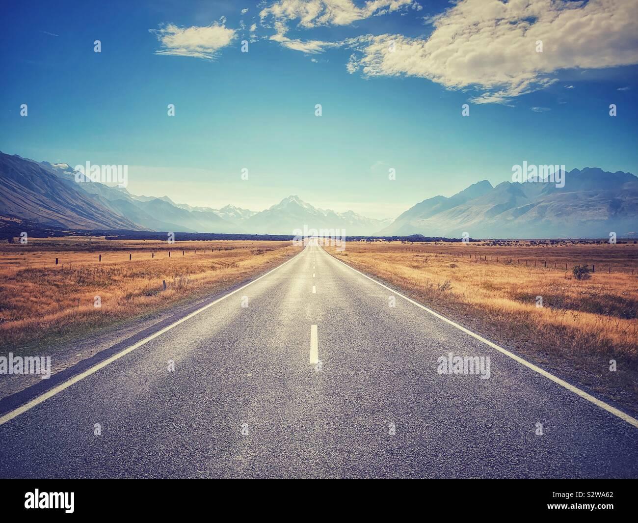 Die Straße zum Mount Cook Stockfoto