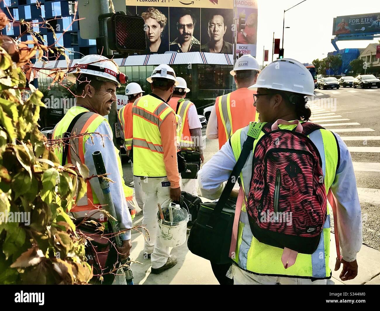 Arbeiter nennen es einen Tag auf dem Sunset Blvd. In Hollywood Ca. Stockfoto