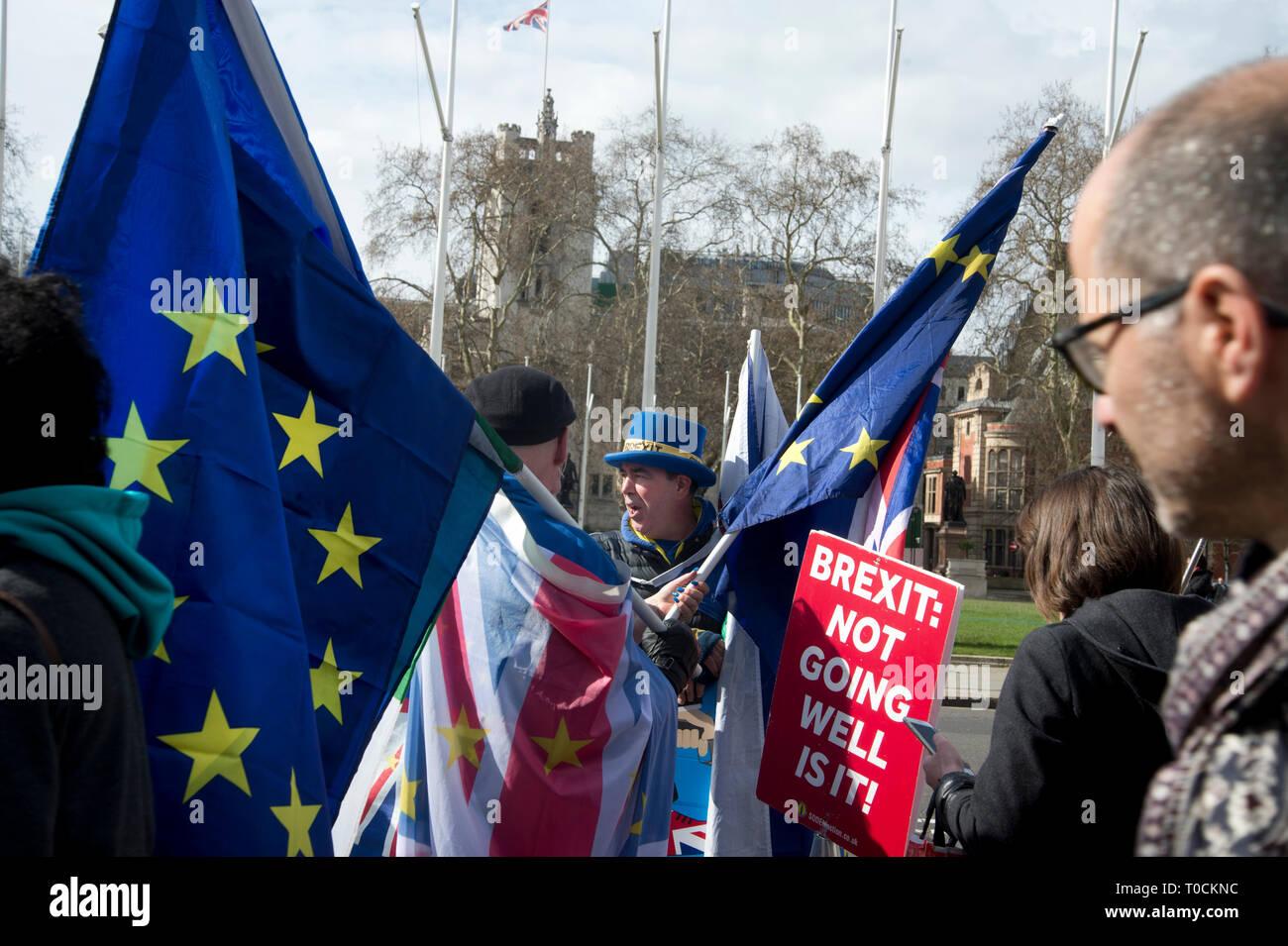 Westminster 18.März 2019. Bleiben protester Steve Bray außerhalb des Parlaments. Stockbild