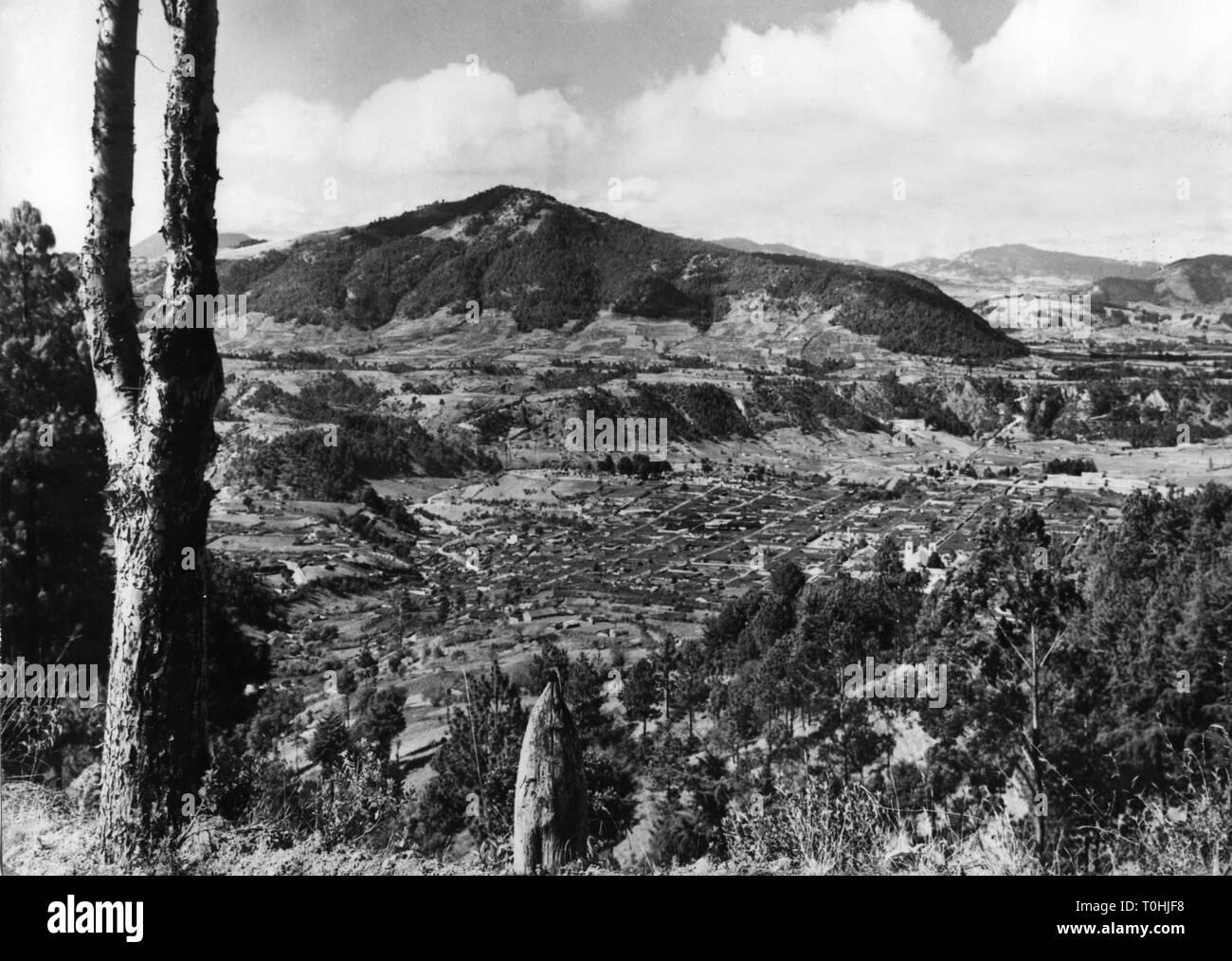 Geographie/Reisen, Guatemala, Totonicapan, Blick auf die Stadt/Stadtansichten, 1960er Jahre, Additional-Rights - Clearance-Info - Not-Available Stockbild