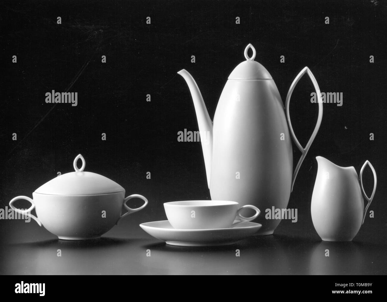 "Haushalt, Geschirr, moccaservice ""Oval"", Design: Rudolf Lunghard (1902-1983), Produzent: Rosenthal Ag, Selb, 1951 - 1961, Additional-Rights - Clearance-Info - Not-Available Stockbild"