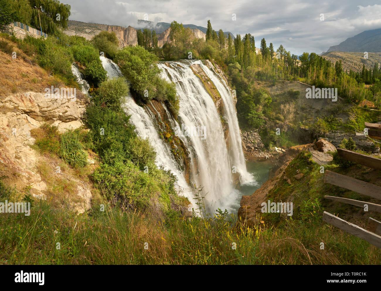 Bilder & Bilder der Tortum Wasserfälle, çoruh Tal, Erzurum im östlichen Anatolien, Türkei. Die tortum Wasserfälle sind die größten in der Türkei Stockbild