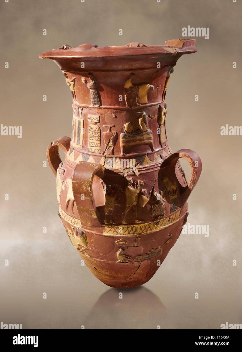 Inandik Hethiter Relief dekoriert Kult trankopfers Vase mit vier dekorativen Friese mit Zahlen farbig in Creme, Rot und Schwarz. In den oberen Regist Stockfoto