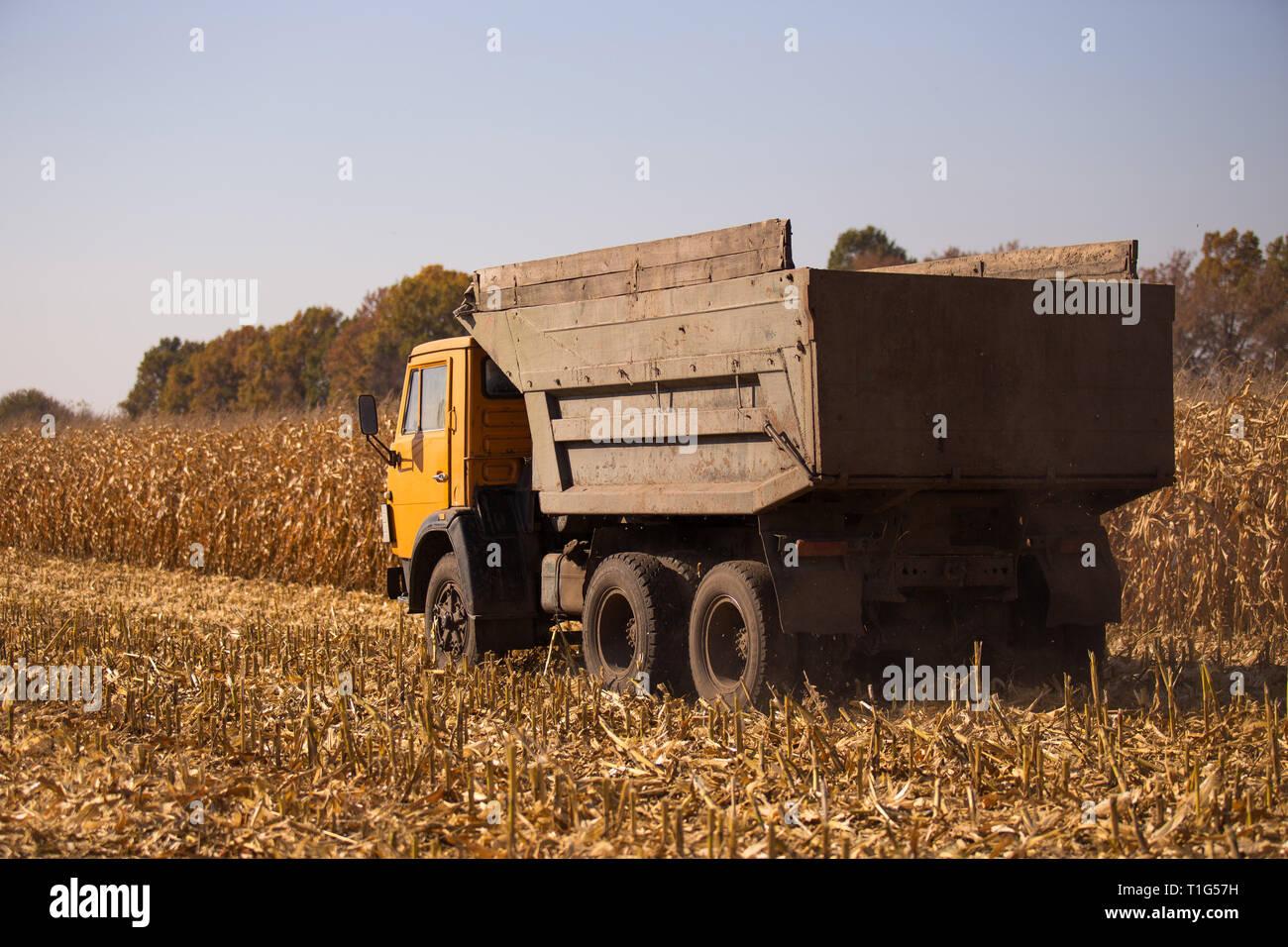 Fabelhaft Lkw Landwirtschaft Stockfotos & Lkw Landwirtschaft Bilder - Alamy #WD_21