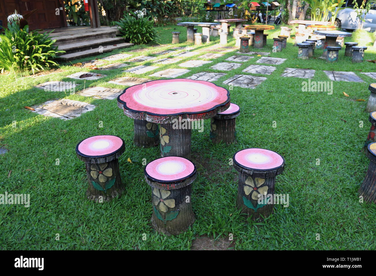 Melden den und Garten Tische für aussenbereich Sie Stühle Yyvb7If6g