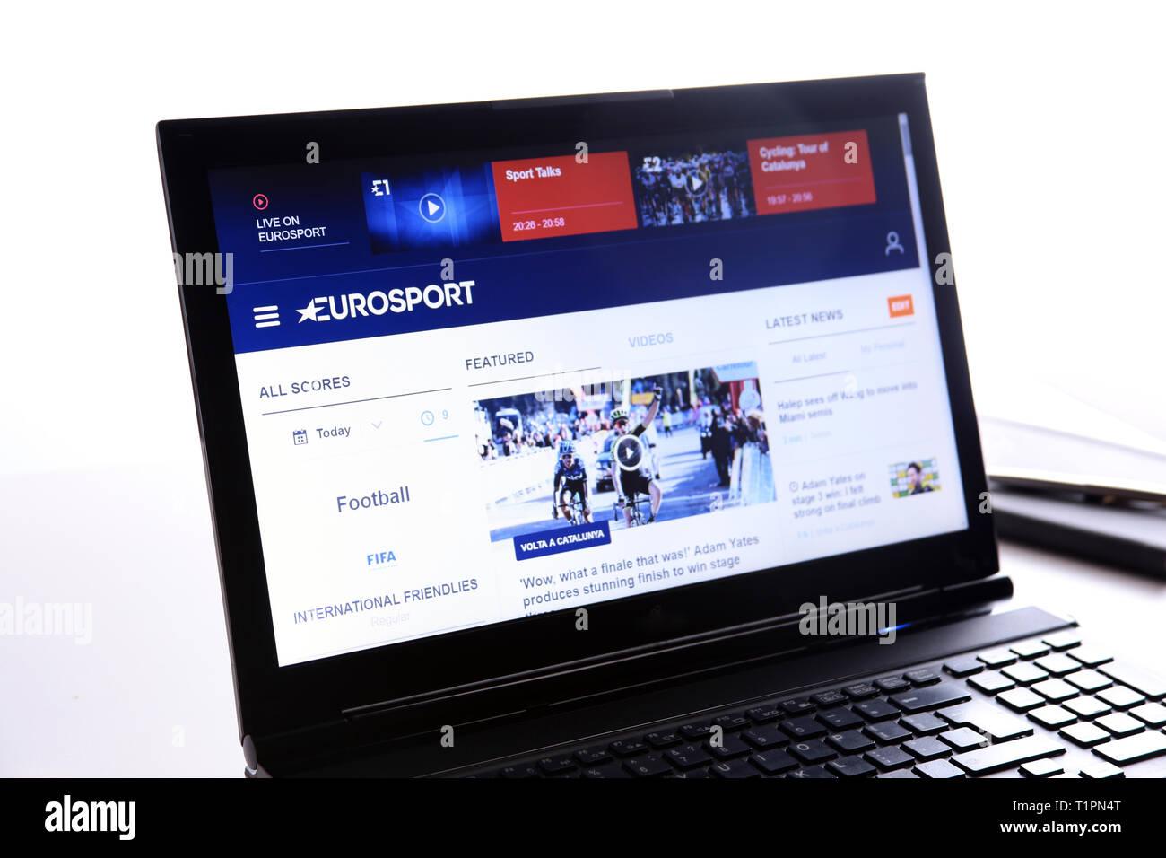 New York, USA - 25. März 2019: Illustrative redaktionelle Website von EuroSport Logo sichtbar auf dem Anzeigebildschirm angezeigt. Stockbild