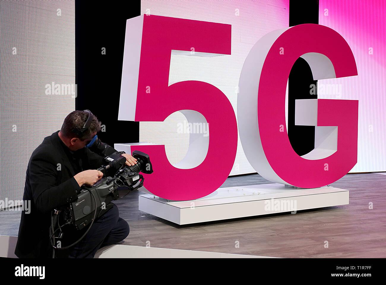 Bonn Deutschland 28 März 2019 Ein Kameramann Filmen Eine 5 G
