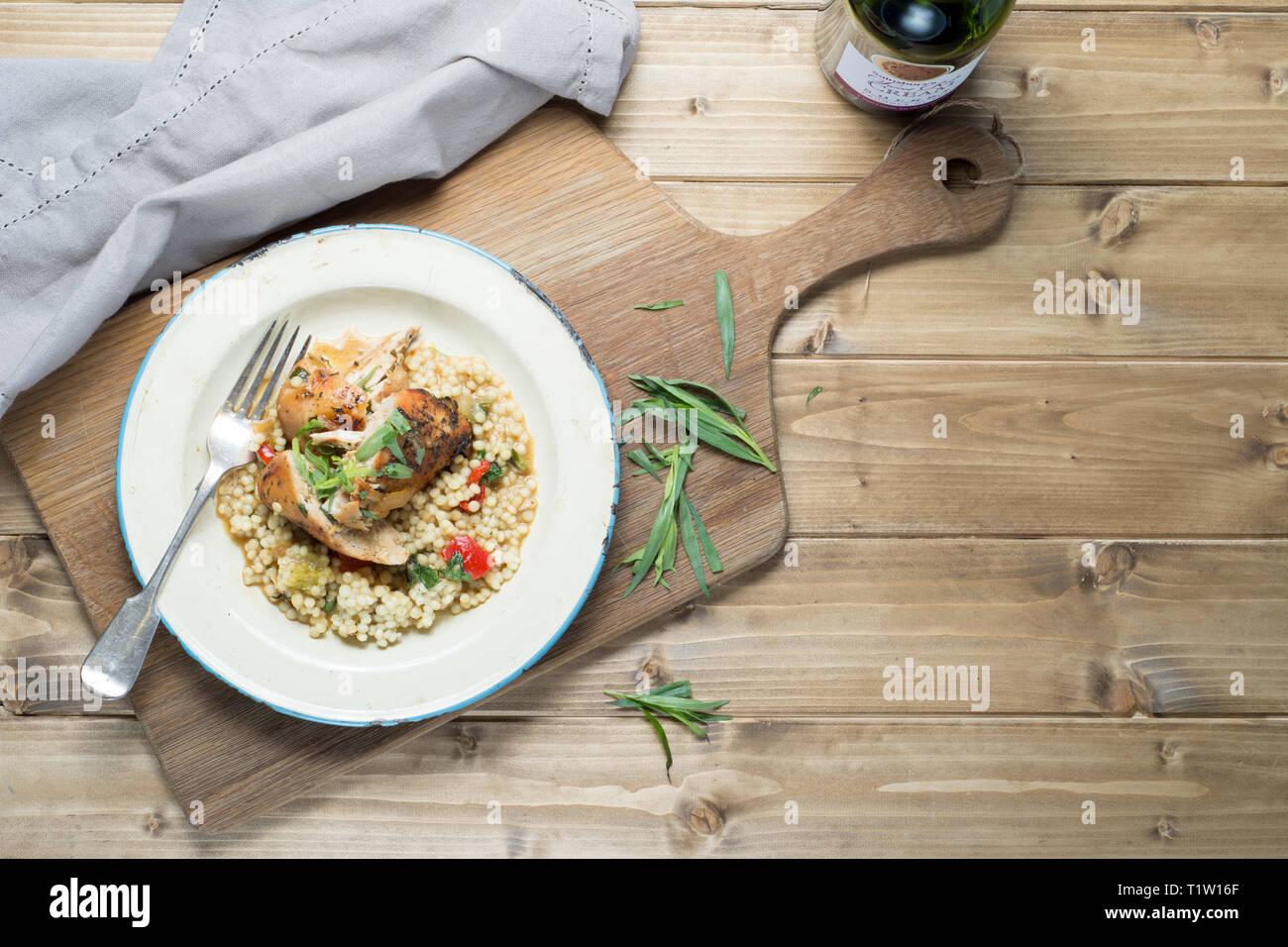 Huhn in Sherry Essig und Estragon sauce Rezept Stockbild