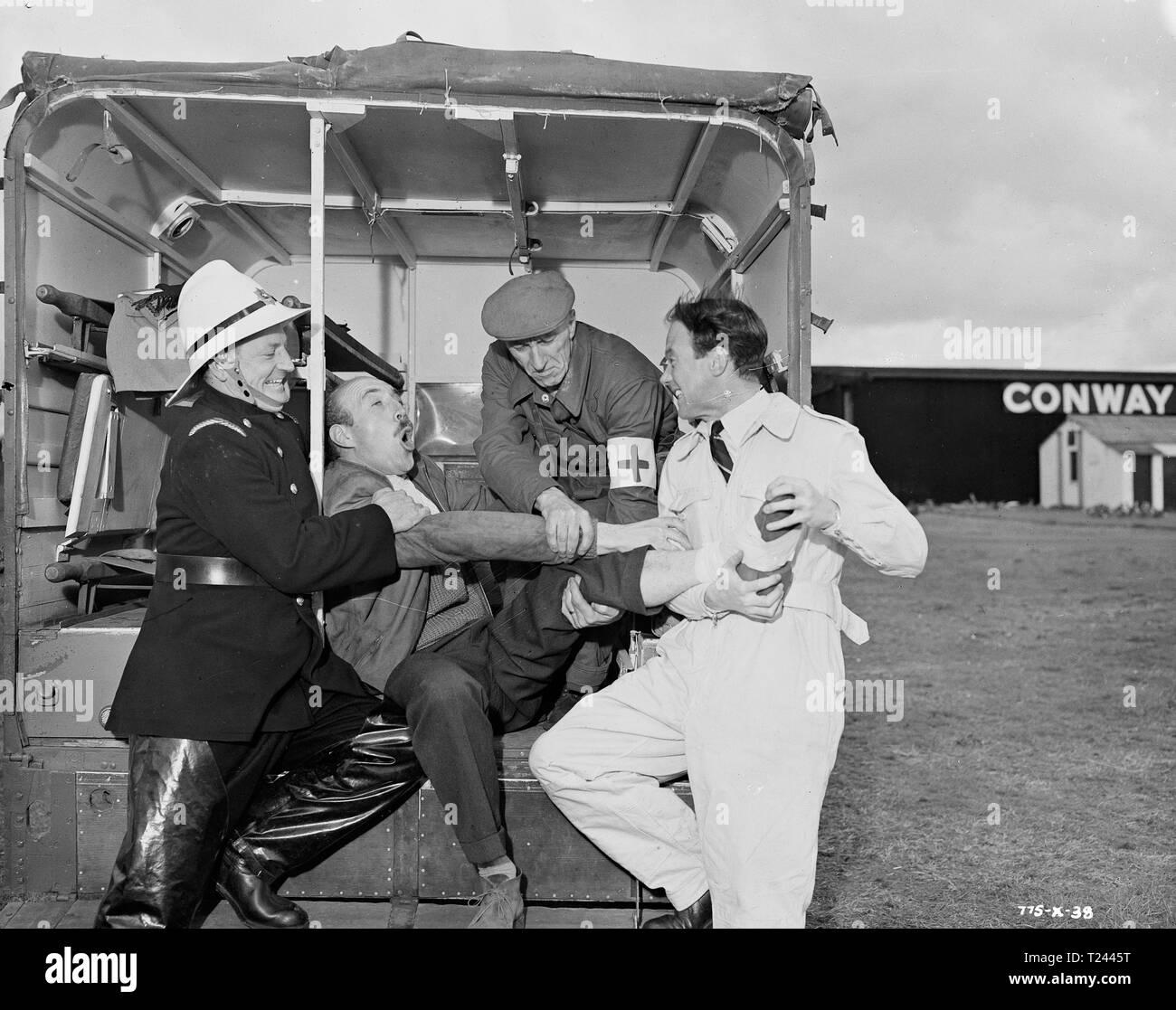 Der Mann im Himmel (1957) Lionel Jeffries, John Stratton, Datum: 1957 Stockfoto