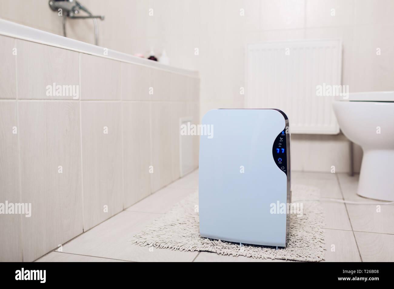 Luftentfeuchter mit Touch Panel, Feuchtigkeit, UV-Lampe