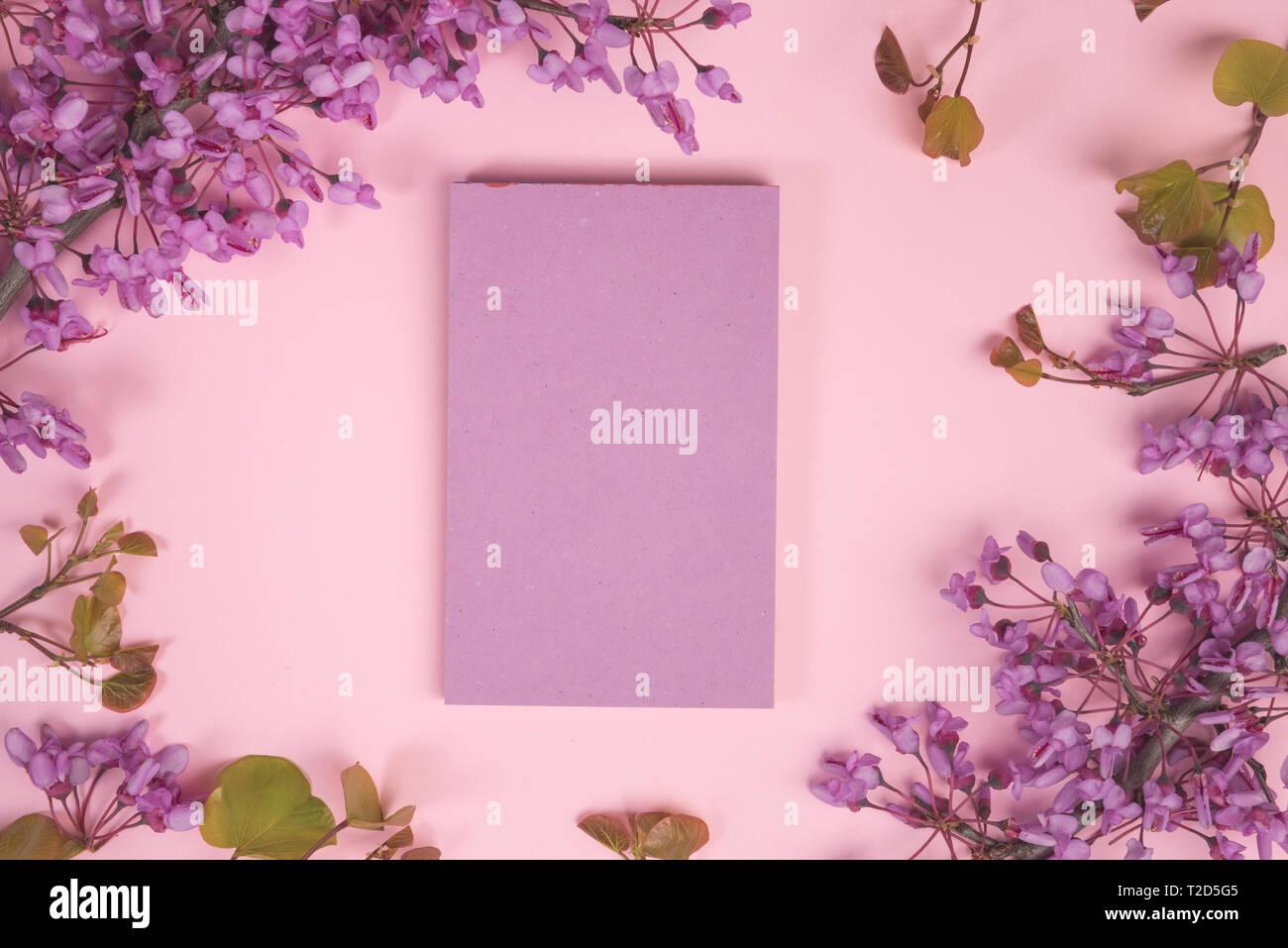 Blumen Komposition Papier Leer Rosa Blüten In Pastelltönen