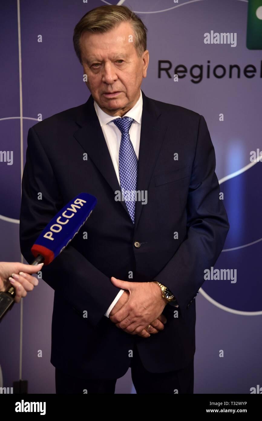Präsident von Gazprom, Viktor Subkow in Mailand. Das Unternehmen ist der größte Öllieferant in Russland Mit: Viktor Subkow Wo: Mailand, Italien Wann: 05 Mar 2019 Credit: IPA/WENN.com ** Nur für die Veröffentlichung in Großbritannien, den USA, Deutschland, Österreich, Schweiz ** verfügbar Stockfoto