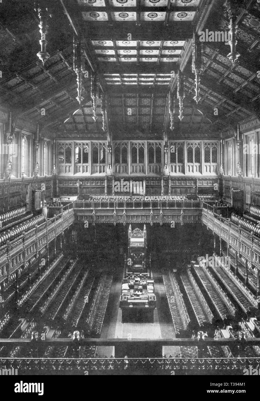 Britische Unterhaus Kammer im Palast von Westminster, vor seiner Zerstörung während des Zweiten Weltkriegs. Altes Haus von Commons Kammer Stockbild