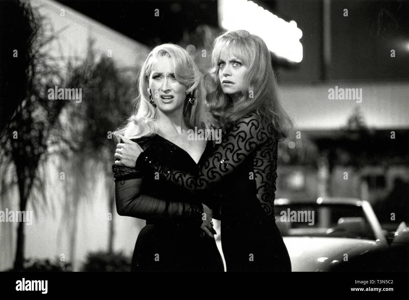 Schauspielerinnen Goldy Hawn und Sarah Jessica Parker im Film die ersten Frauen Club, 1996 Stockbild