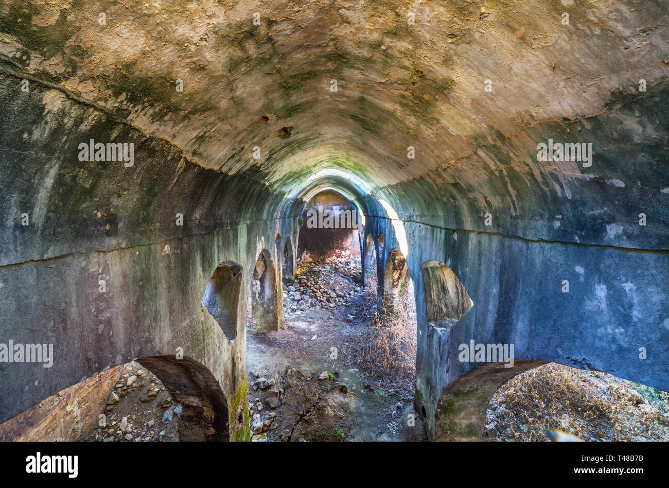 Jimena arabische Zisterne. Weißes Dorf von Cadiz Berge mit maurischen Vergangenheit, Andalusien, Spanien Stockfoto