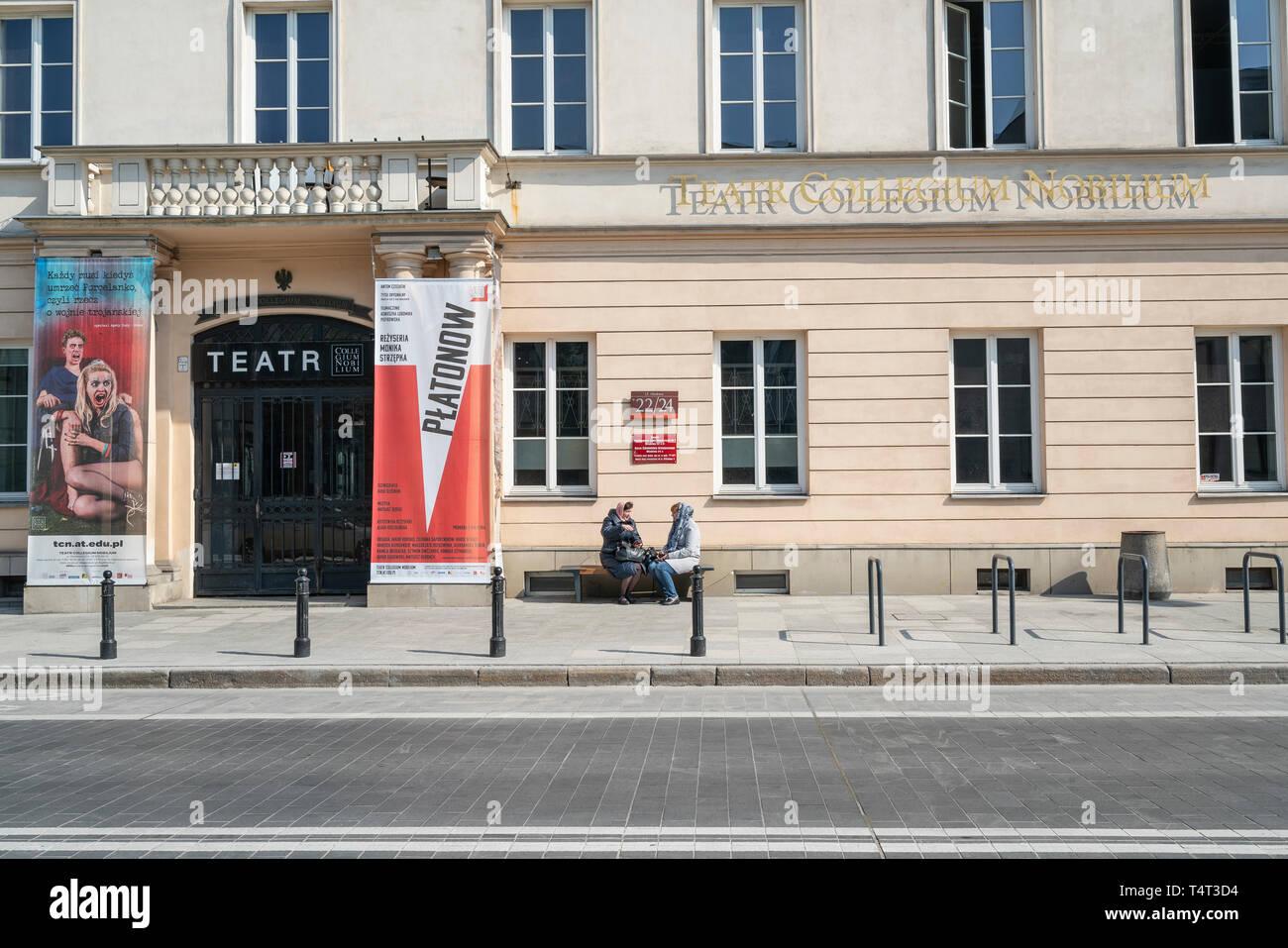 Warschau, Polen. April, 2018. Ein Blick auf die Fassade des Staates allgemeine Experimentelle integrierte Musik Schule Stockbild