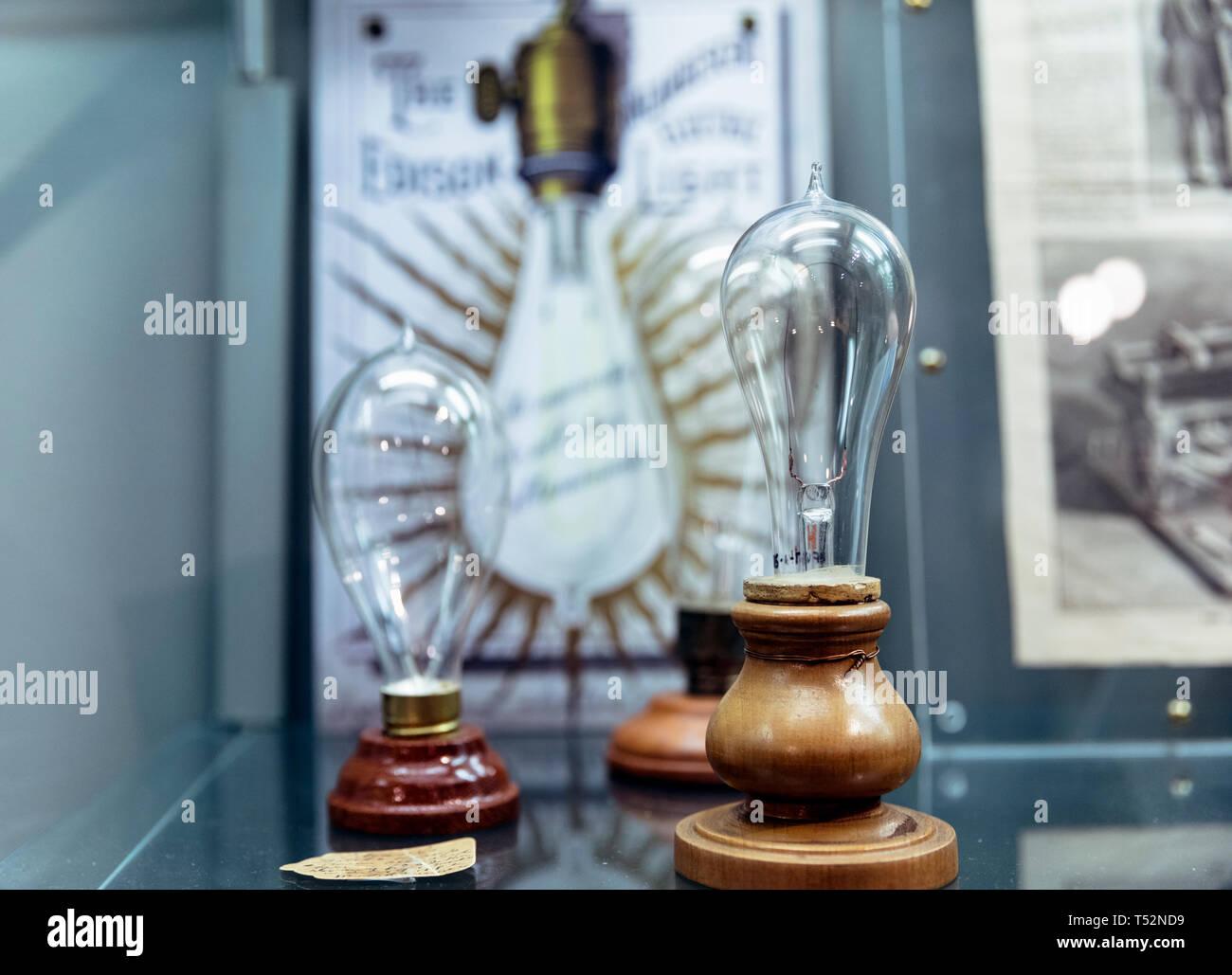 USA, Florida, Fort Myers, Edisonand Ford Winter Estates Museum, Glühbirne Erfindung auf der Anzeige Stockbild
